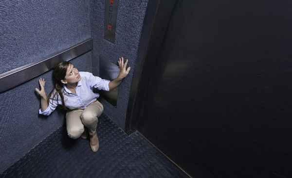 Claustrofobia en plataformas y ascensores - Ascensors Sales