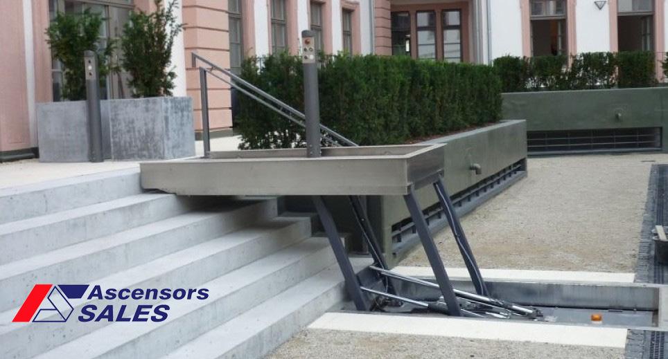 Ascensores sales presentamos la nueva escalera elevadora for Ascensores unifamiliares sin mantenimiento